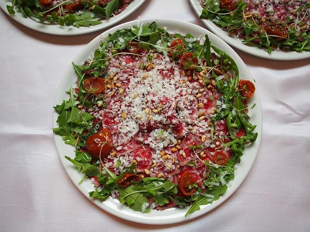 zeleninový salát s klíčky.jpg