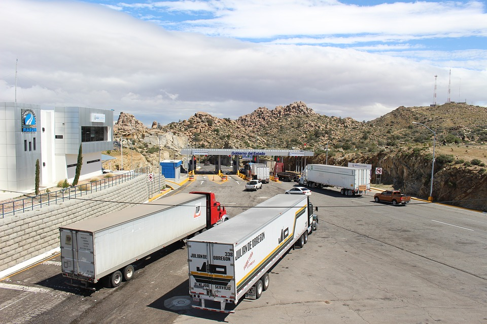 stěhovací kamiony